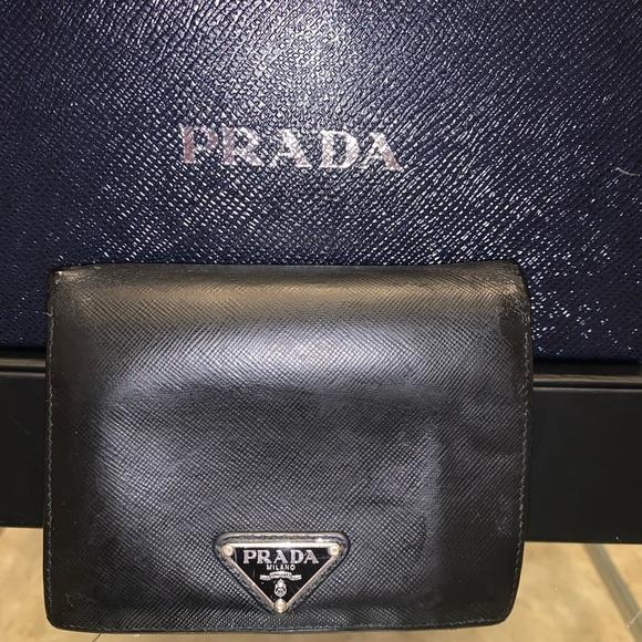 ‼️SOLD‼️Prada black Saffiano unisex bifold wallet